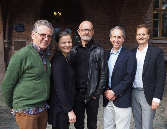 """Foredragsholdere på kurset """"Medisinsk publisering"""". Fra venstre: Petter Gjersvik, Siri Lunde Strømme, Are Brean, Darren Taichman og Michael Bretthauer. Foto: Anita Aalby, UiO."""