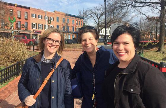 Kristin, Carrie og Maya i parken, Baltimore