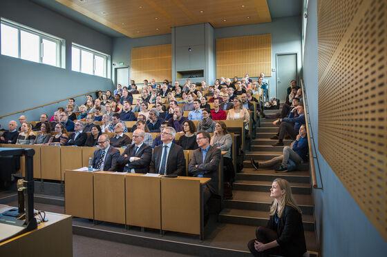 Photo of crowd at Aarhus University