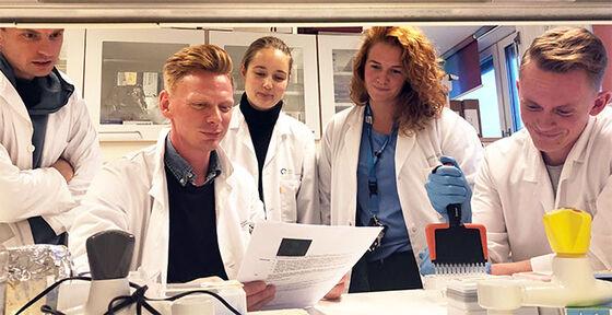 Forskergruppen i laboratoriet